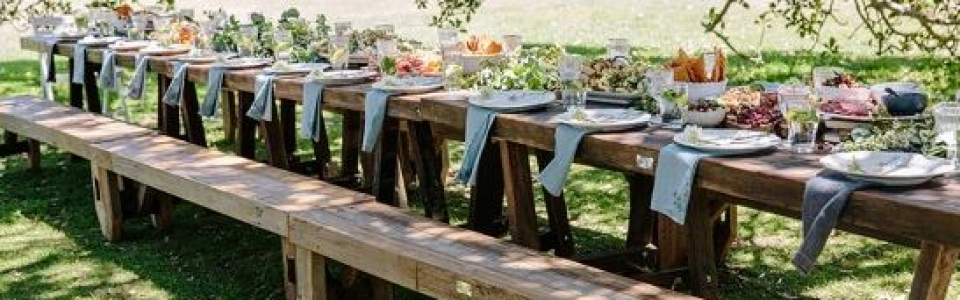 Beer bench and beer table hire